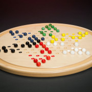 Chinese-Checkers-in-play
